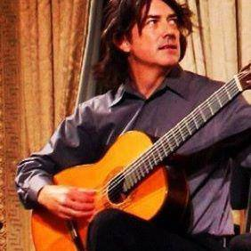 The Host of Classical Guitar Alive!