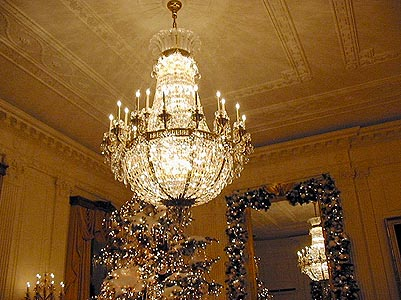 Classical Guitar Alive Gallery – Amazing Chandeliers